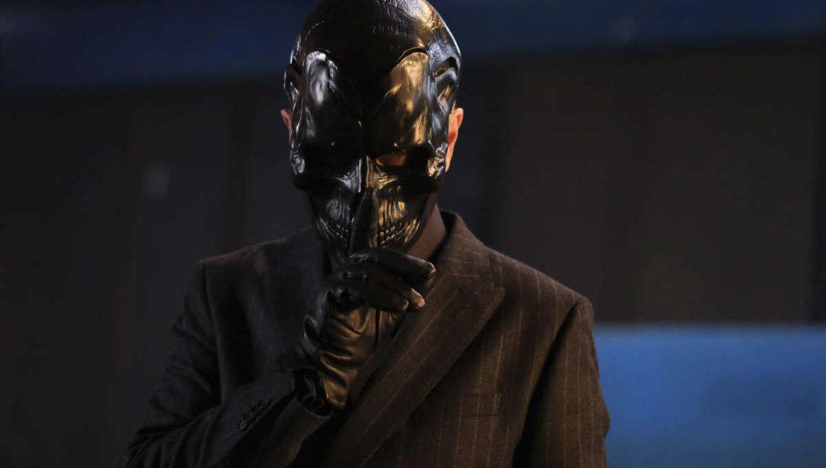 Peter Outerbridge as Black Mask