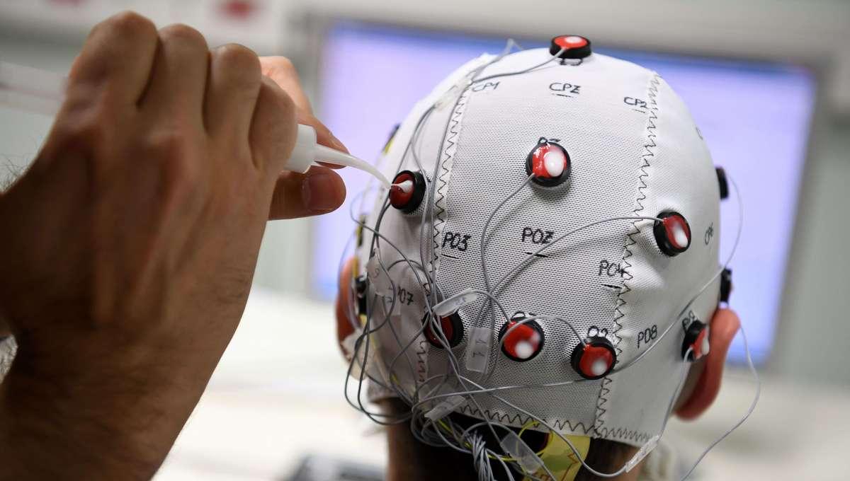 Brain Computer Interface neural scanning
