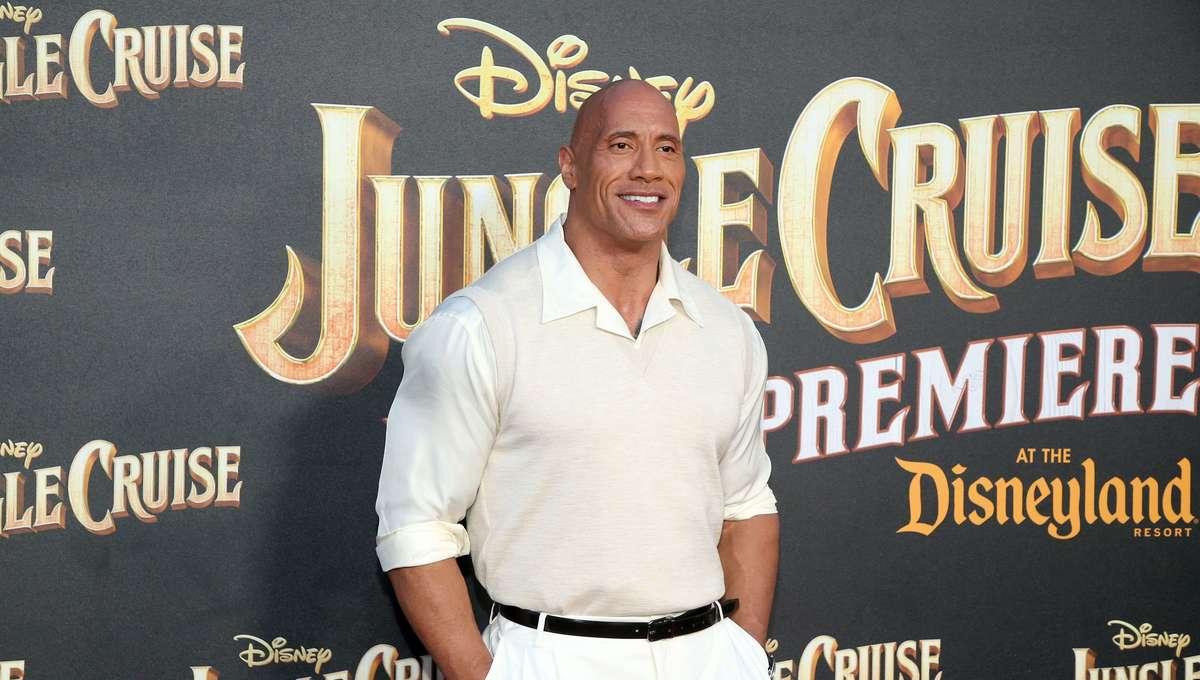 Dwayne Johnson Jungle Cruise premiere