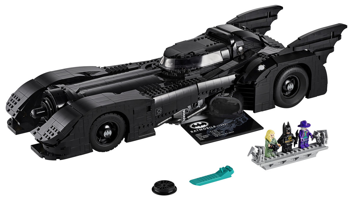 LEGO Batmobile with minifigs