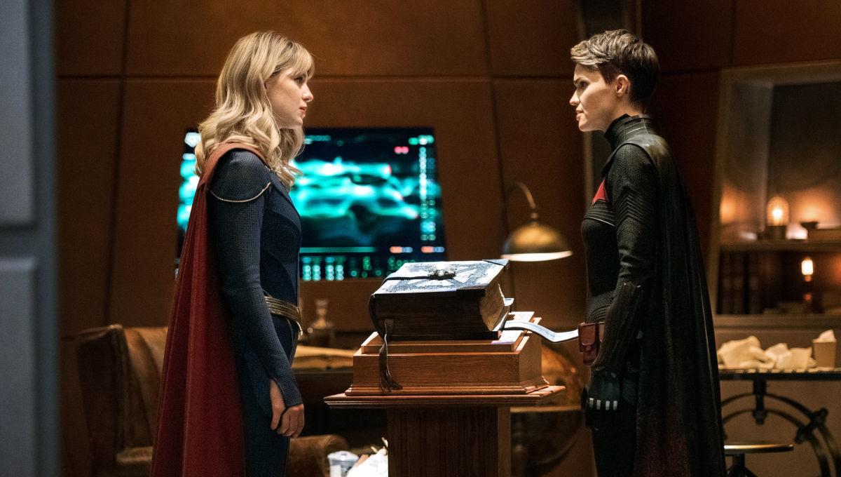 Crisis on Infinite Earths Part 3 Batwoman Supergirl