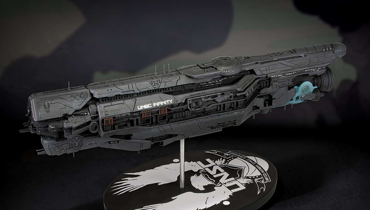 Halo: UNSC Infinity Ship Replica