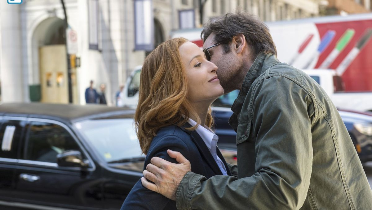 X-Files-Ep1-12.jpg