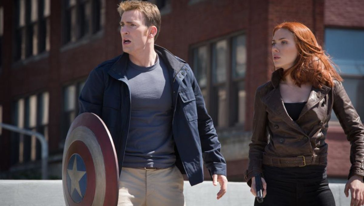 captain-america-the-winter-soldier-chris-evans-scarlett-johansson1.jpg