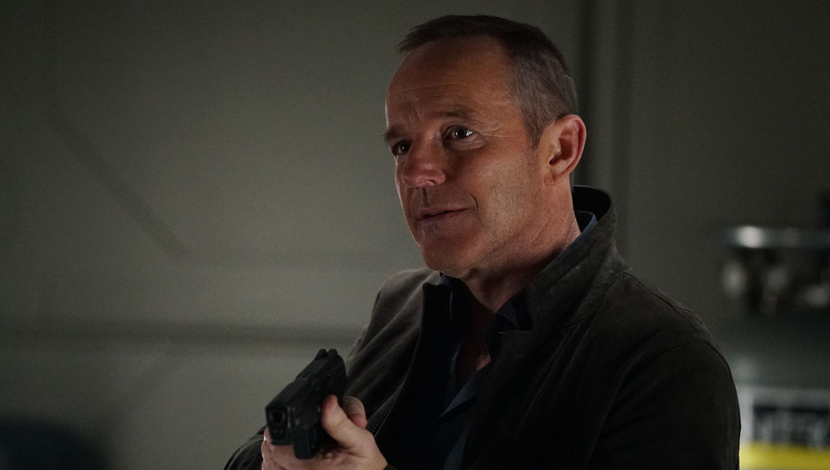 CLark Gregg Coulson Agents of SHIELD