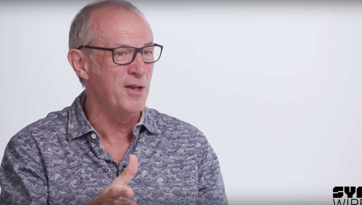 dave-gibbons-syfywire-interview-screengrab_.png