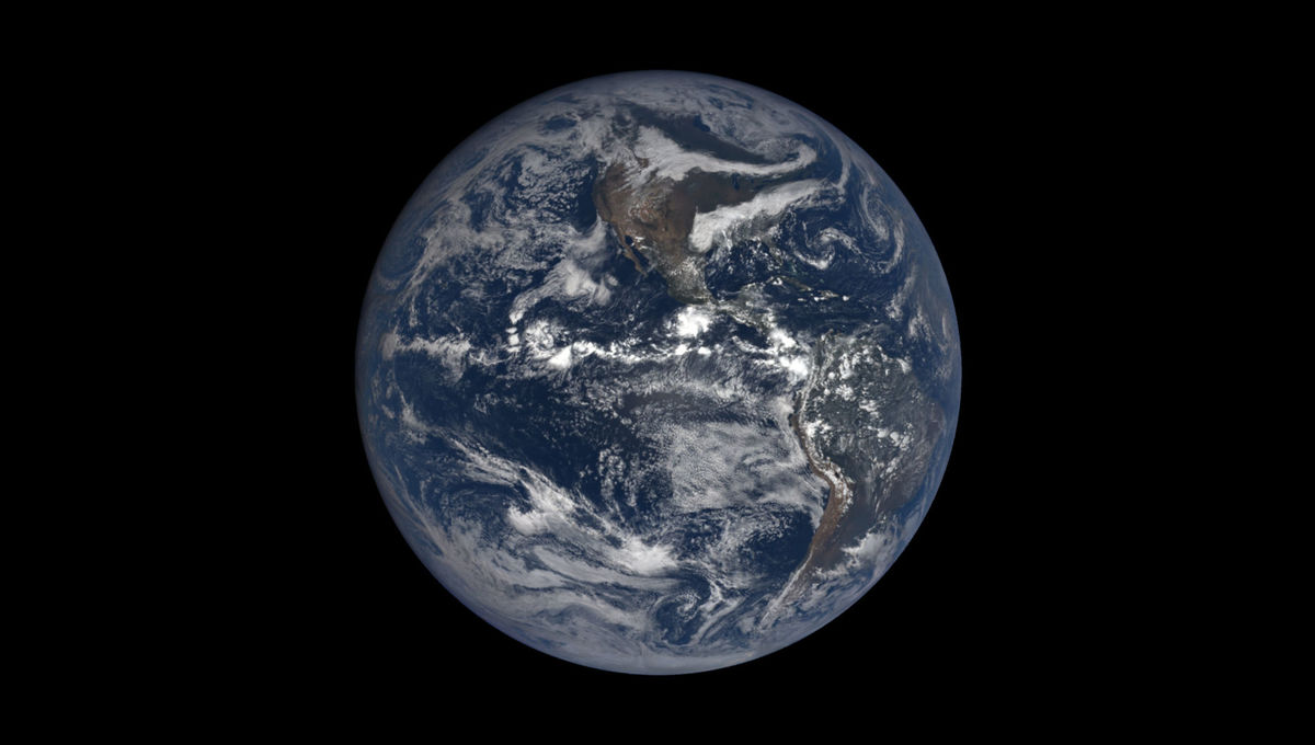 The Earth seen from the DSCOVR spacecraft on Sep. 23, 2018, on the equinox. Credit: NASA/NOAO