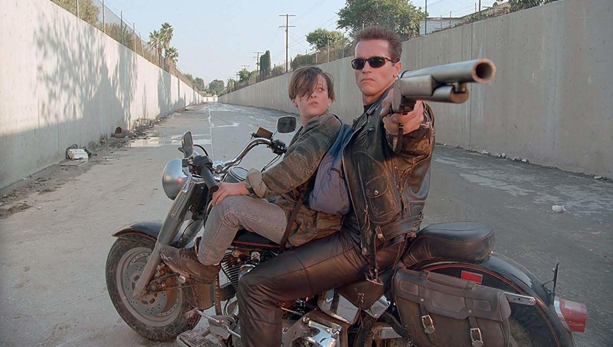 Arnold Schwarzenegger and Edward Furlong in Terminator 2: Judgment Day (1991)