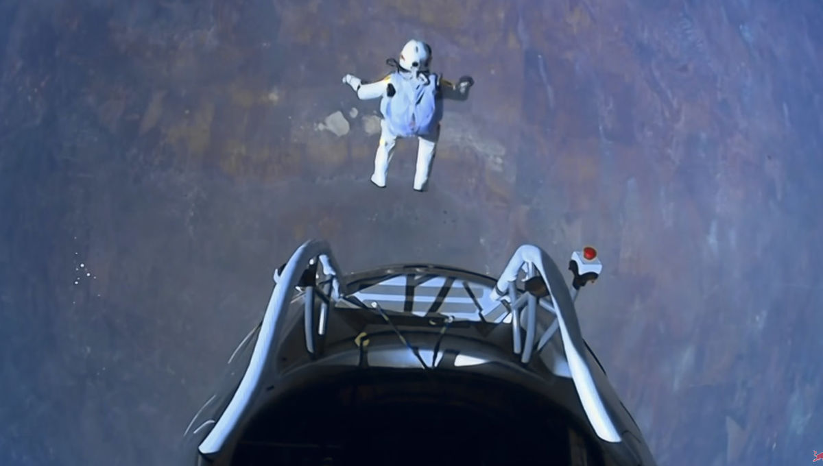 Felix Baumgartner jumps from nearly 40 km in the air. Credit: Red Bull