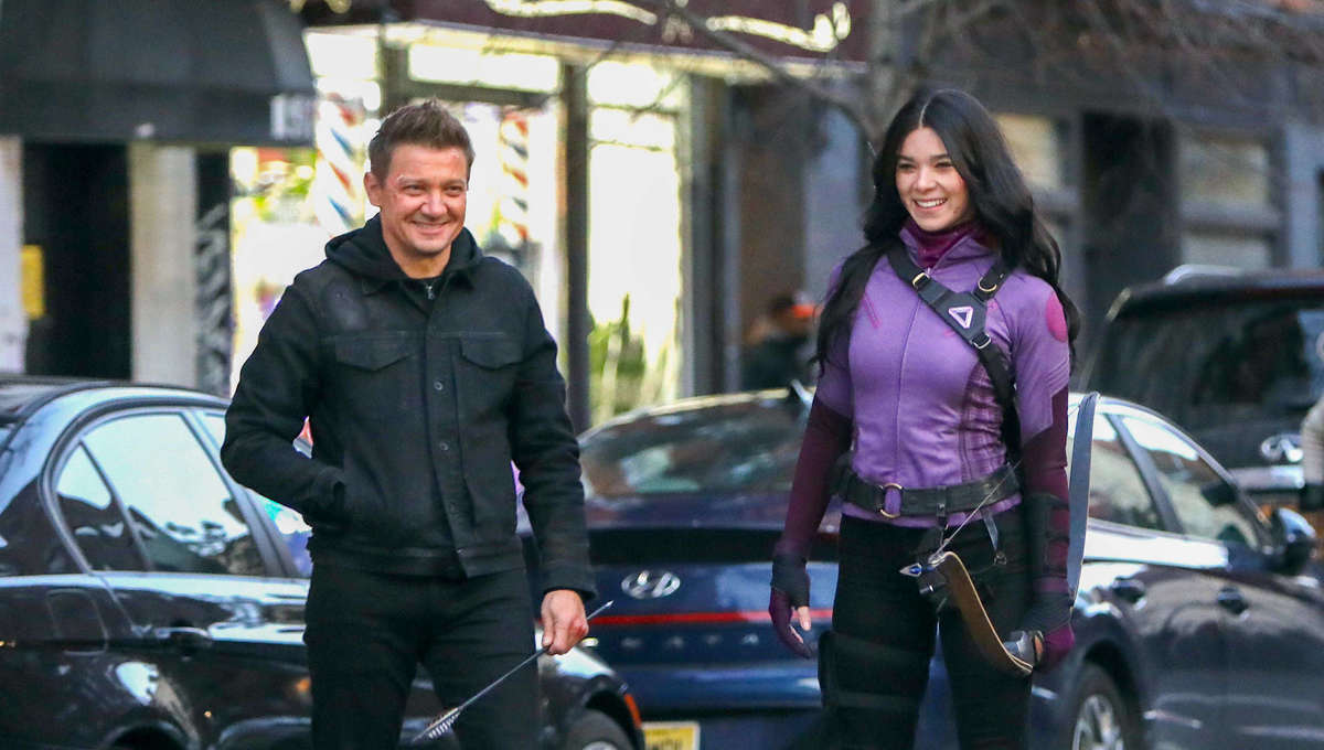 Jeremy Renner and Hailee Steinfeld on Hawkeye