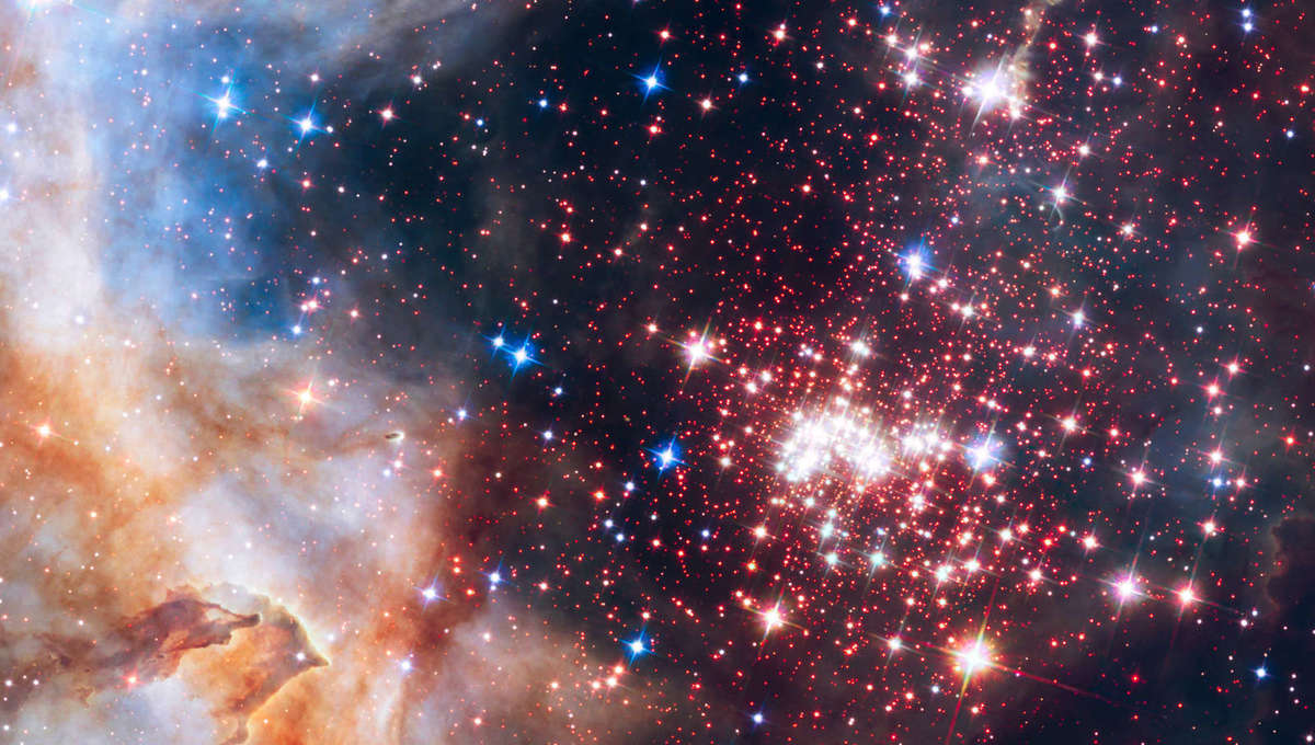 A Hubble of the huge star cluster Westerlund 2 reveals tens of thousands of stars, as well as gas and dust from which they form. Credit: NASA, ESA, the Hubble Heritage Team (STScI/AURA), A. Nota (ESA/STScI), and the Westerlund 2 Science Team