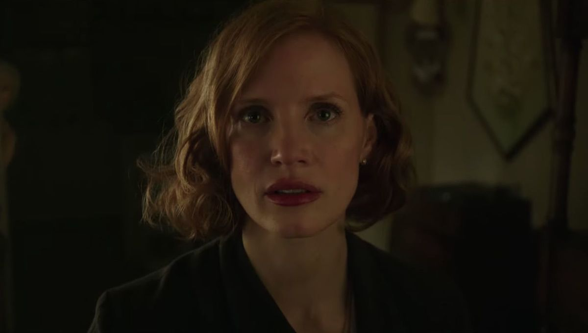 It: Chapter Two Jessica Chastain and old woman