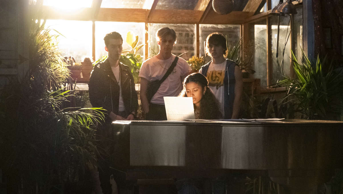 Julie and the Phantoms first look