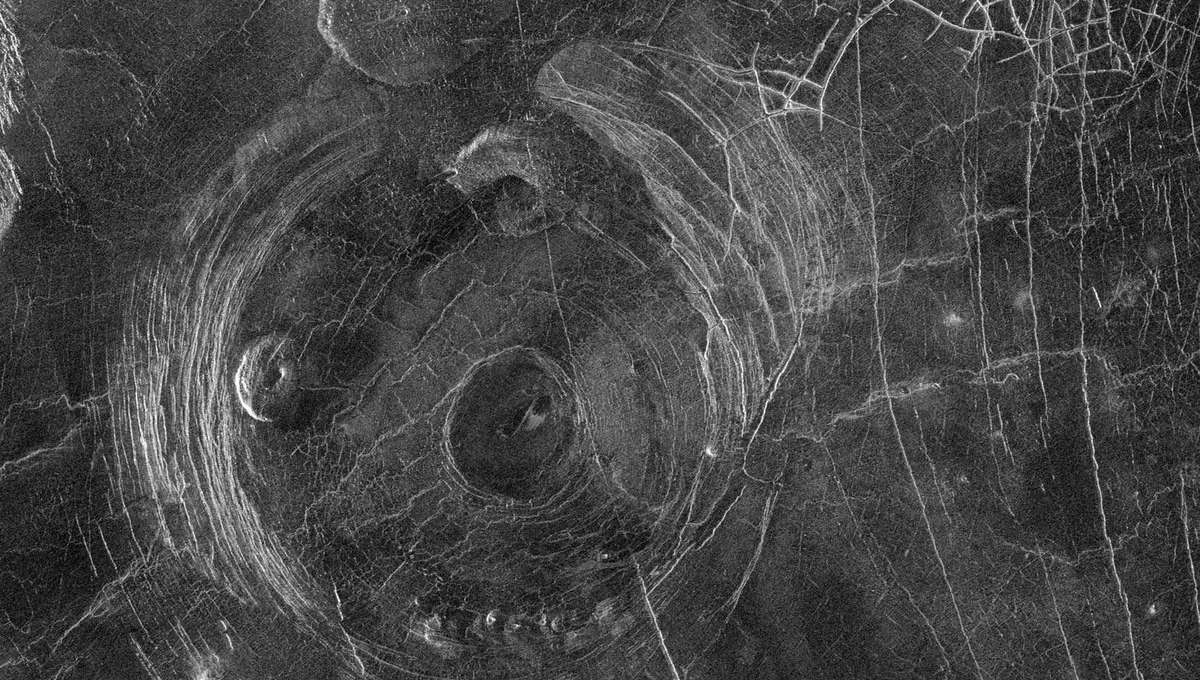 A Magellan spacecraft radar image of Fotla Corona, a volcanic feature on Venus about 150 kilometers wide. Note the circular feature in the middle and the concentric cracks. Credit: NASA/JPL/Magellan probe
