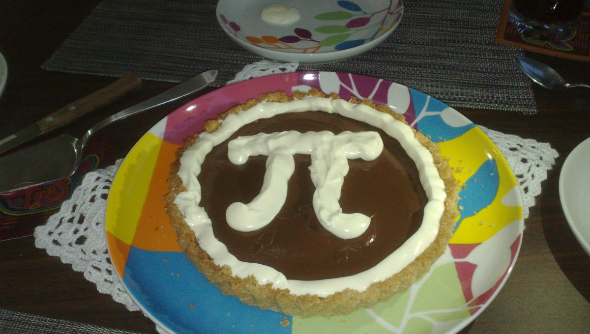 Mmmmmmmm,π. Credit:Medea_material on Flickr, used under the Creative Commons license
