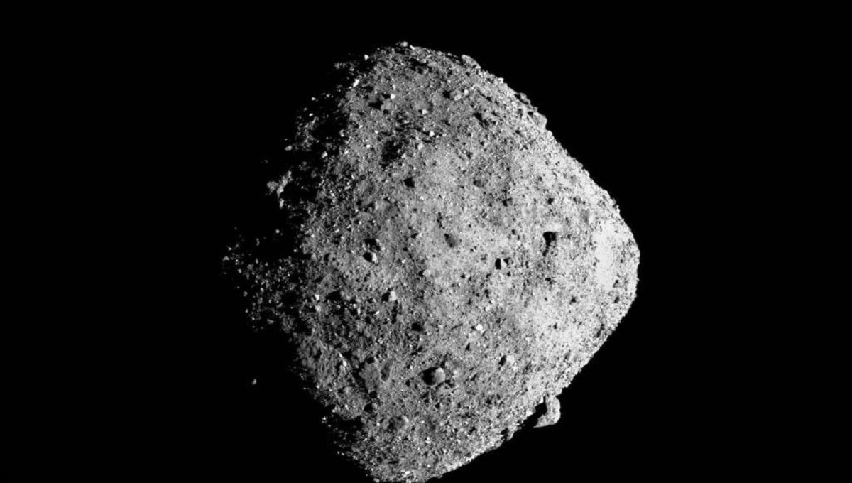 "The asteroid Bennu, a ""rubble pile"", seen by the OSIRIS-REx spacecraft from a distance of 13 km. Note the huge boulder on the lower right. Credit: NASA/Goddard/University of Arizona"