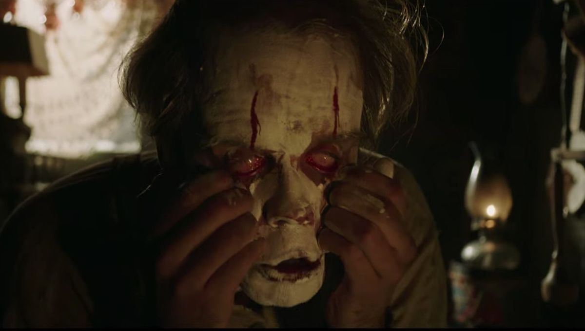 Pennywise face in It: Chapter Two