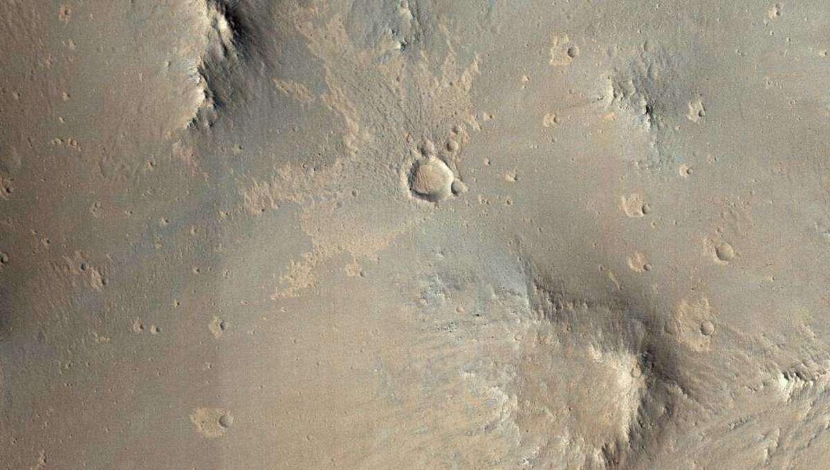 Liz Mars Craters