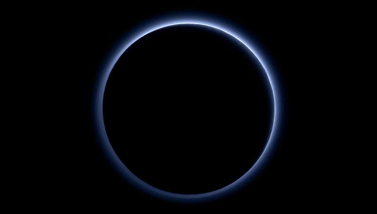 Phil Plait Bad Astronomy pluto_atmosphere_backlit