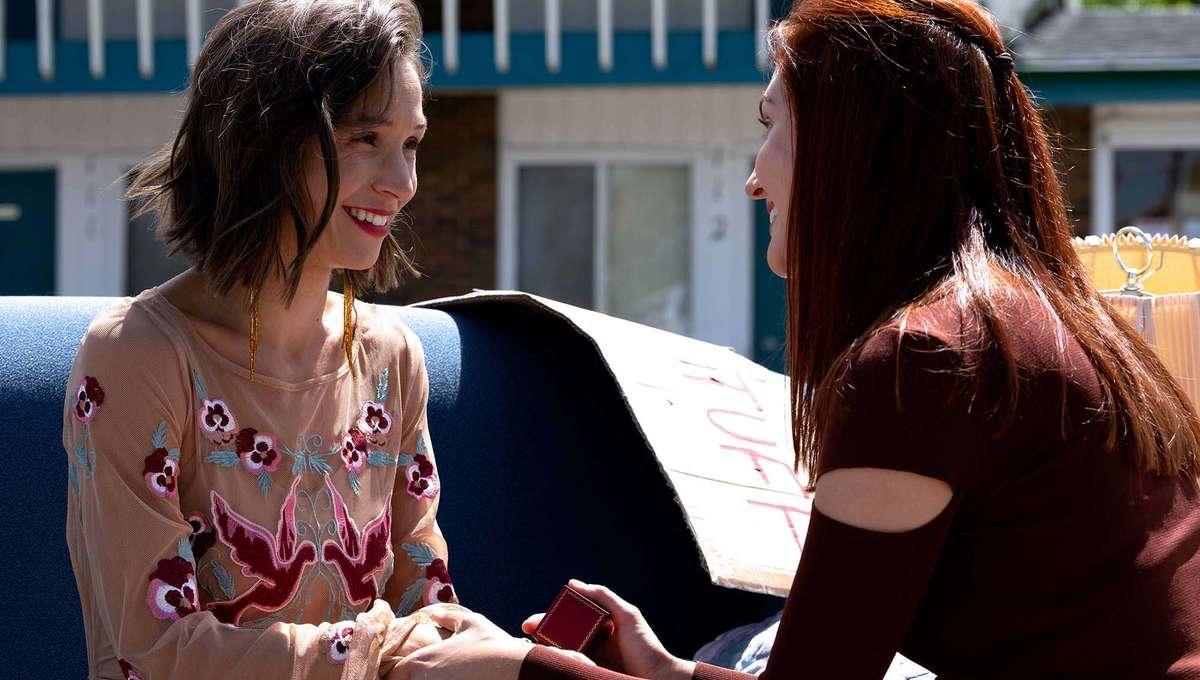 "Wynonna Earp Season 4, Episode 7: ""Love's All Over"""