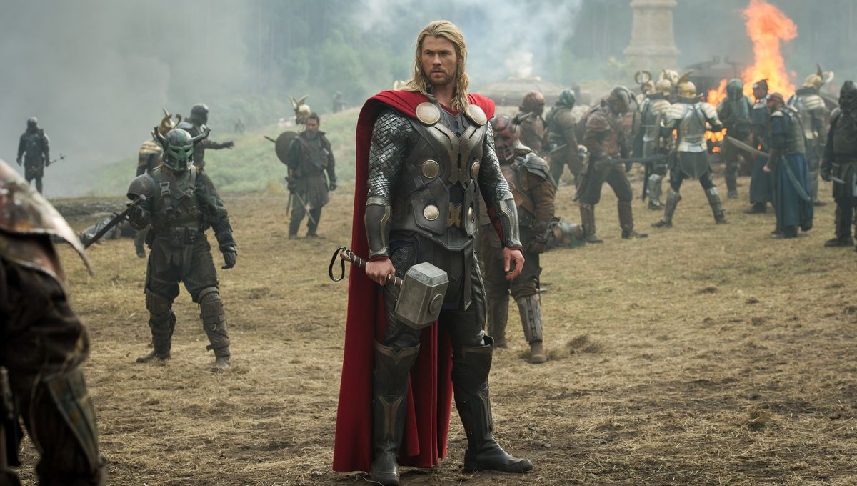 Battle Malekith + head to Asgard in 32 new Thor: The Dark World pics