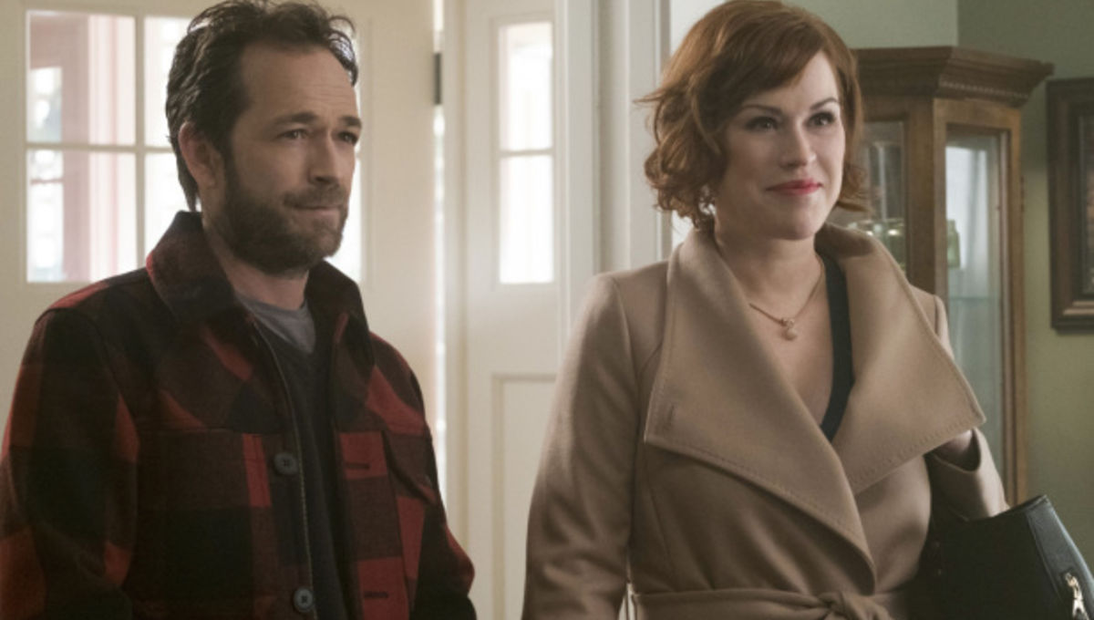 riverdale episode 10 molly ringwald and luke perry