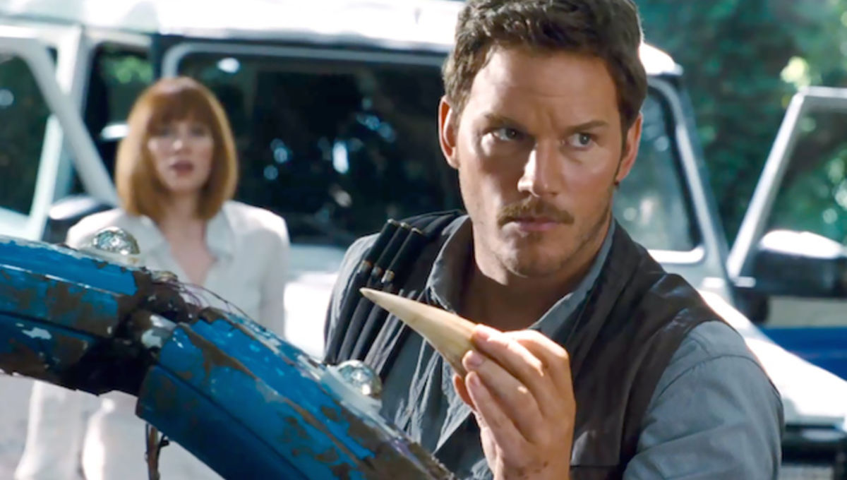 1416937655_chris-pratt-tooth-zoom.jpg