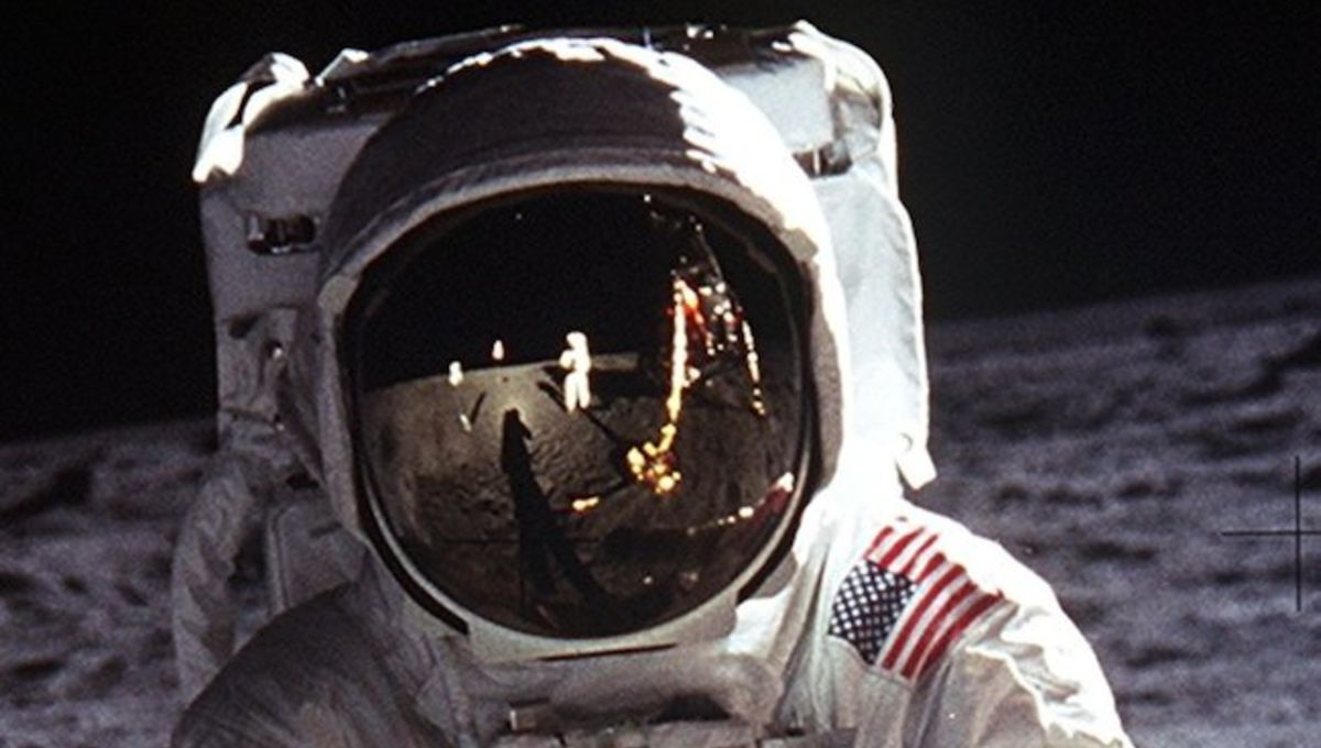 Aldrin_Apollo_11_head.jpg
