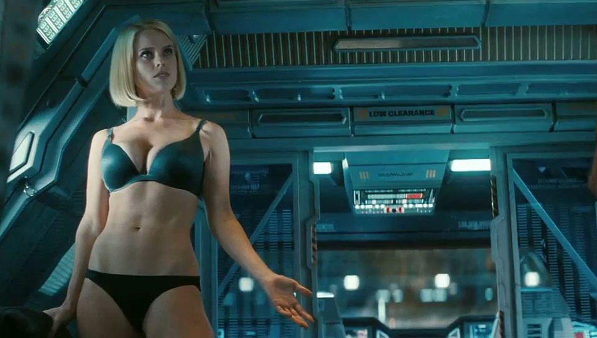 Alice-Eve-Dr-Marcus-Underwear.jpg
