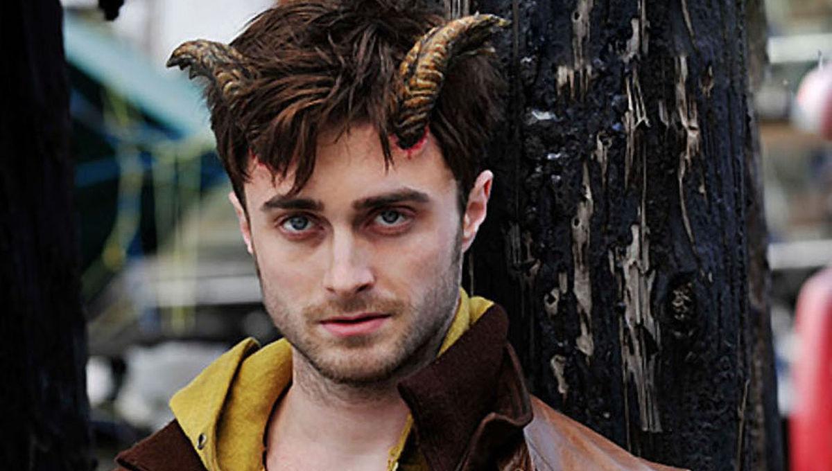 Daniel-Radcliffe-Horns.jpg