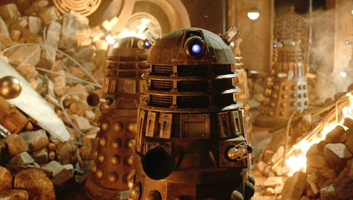 Doctor-Who-50th-Dalek-2-350x196_0.jpg