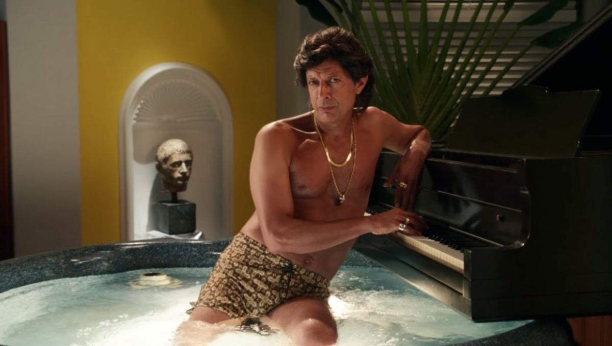 GE-Enhance-Your-Lighting-With-Jeff-Goldblum1-940x521.jpg