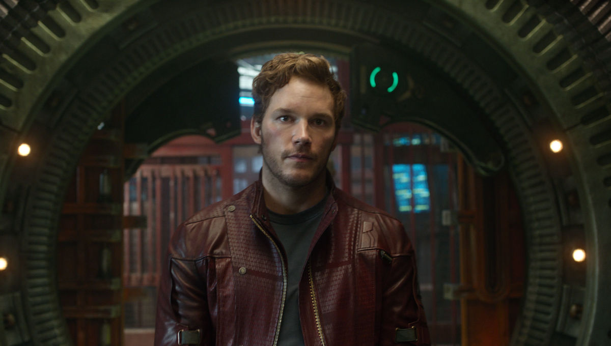 Guardians-of-the-Galaxy-Official-Photo-Peter-Quill-Uniform.jpg