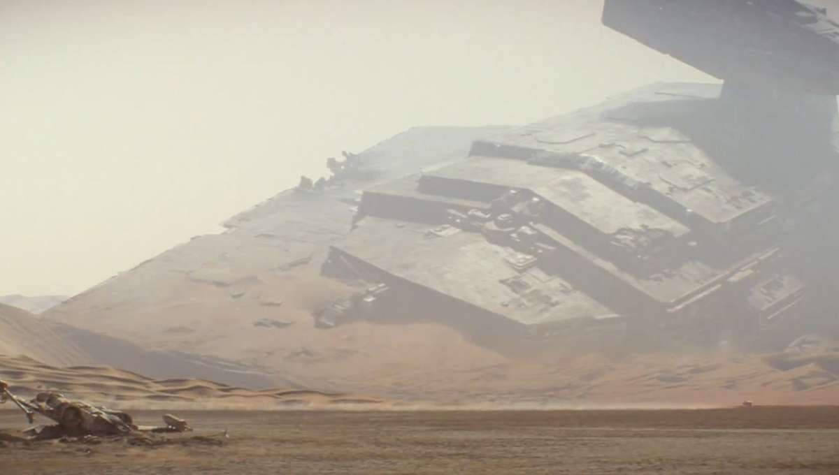 A shipwrecked Star Destroyer in Star Wars: The Force Awakens