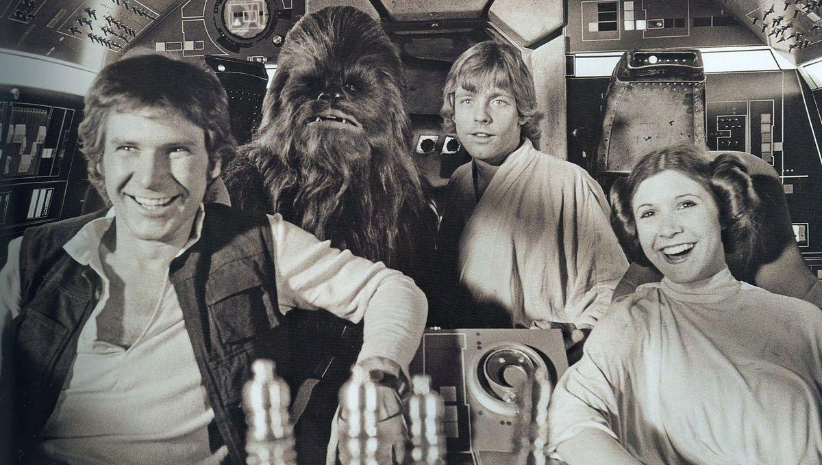 Princess-Leia-behind-the-scenes-starwars9.jpg