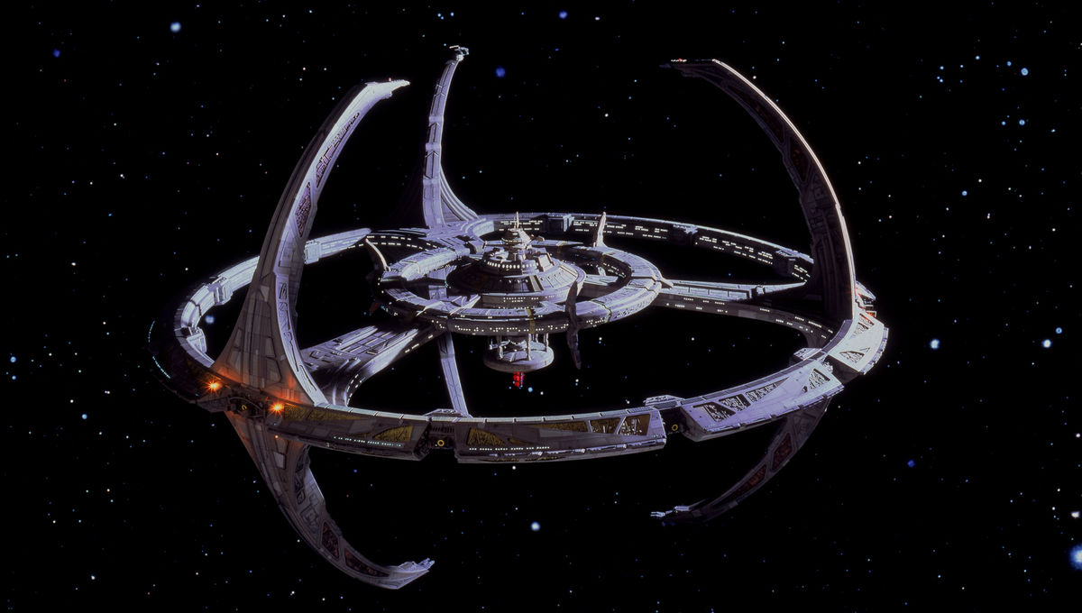 Firsts Star Trek Deep Space Nine Cast Looks Back At Its Very