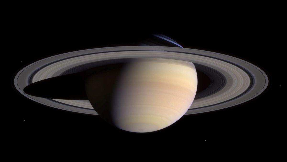 Saturn_0.jpg