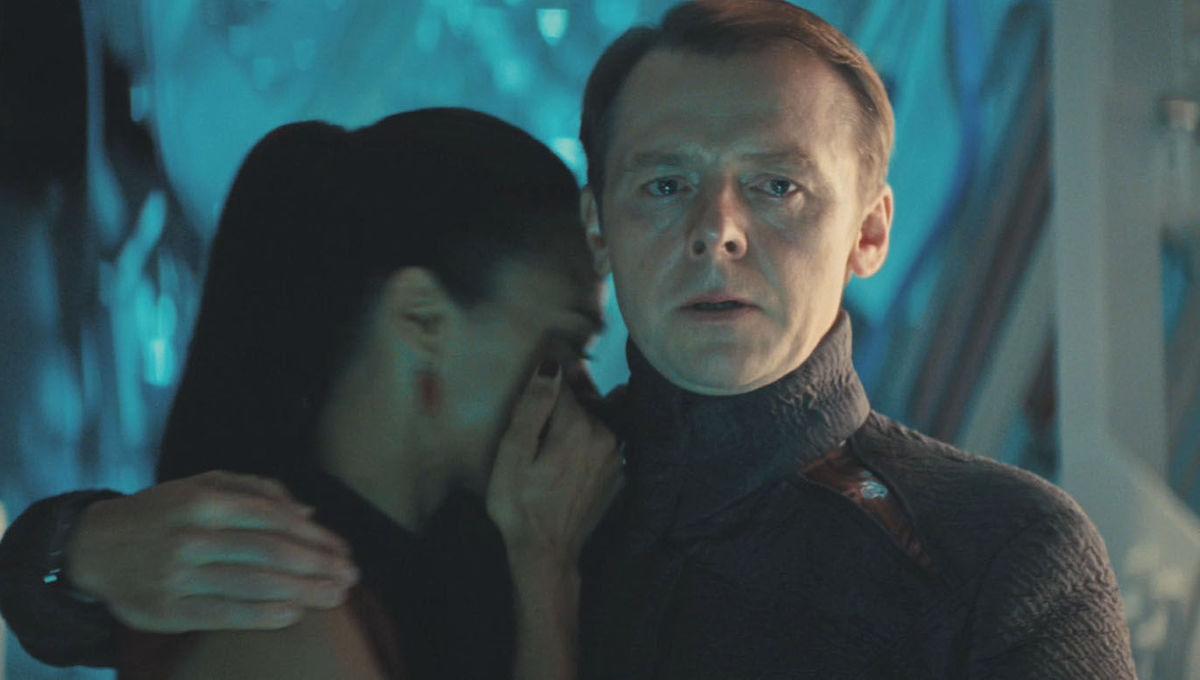 Star-Trek-Into-Darkness-Screenshot-Simon-Pegg-Scotty.jpg