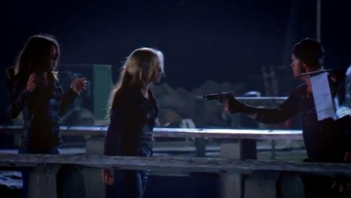 True-Blood-Season-6-Waiting-Sucks-Jason-622x349.jpg