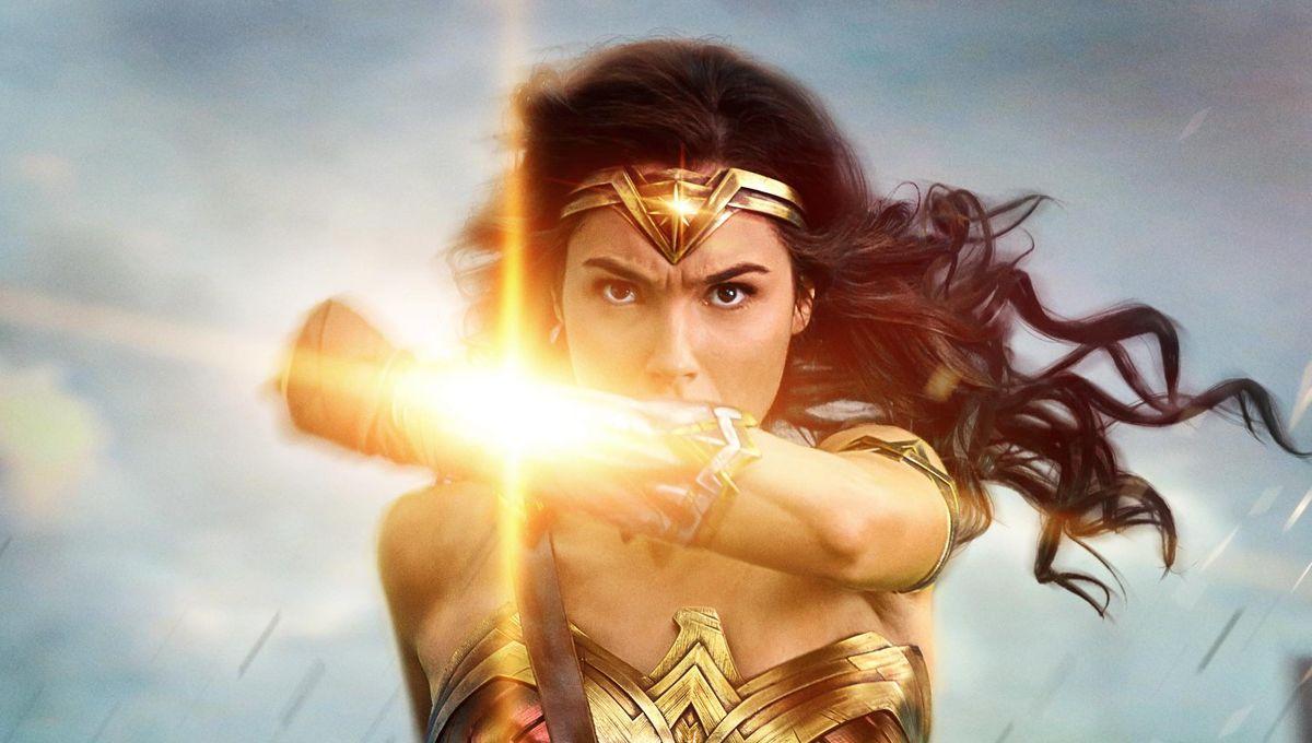 Wonder-Woman-poster-bullets.jpg