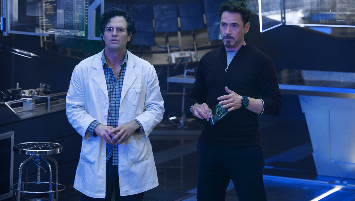 Mark Ruffalo teases the Vision, Scarlet Witch, Hulkbuster + more ...