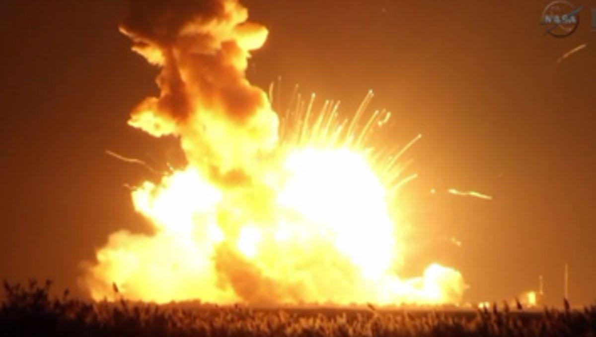 antares_explosion_354.jpg