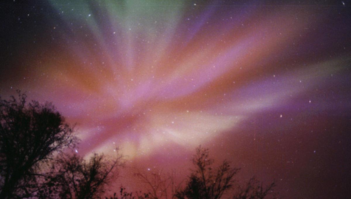 aurora_corona.jpg