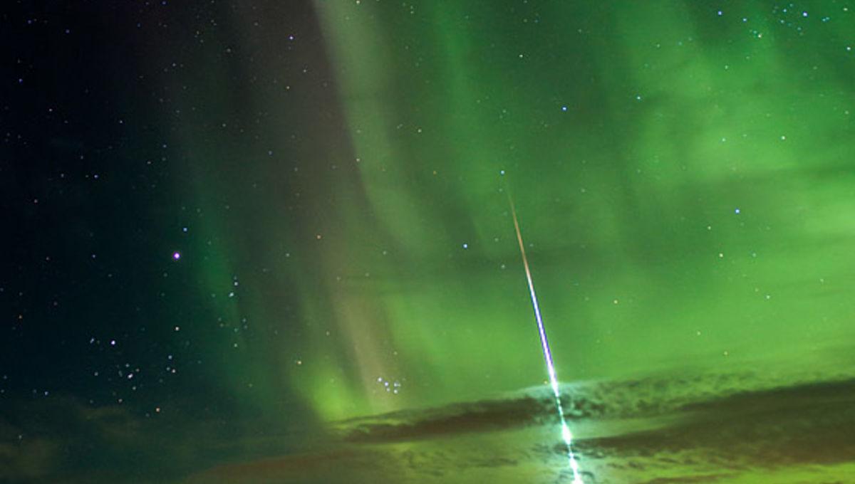 bileski_meteor_aurora.jpg