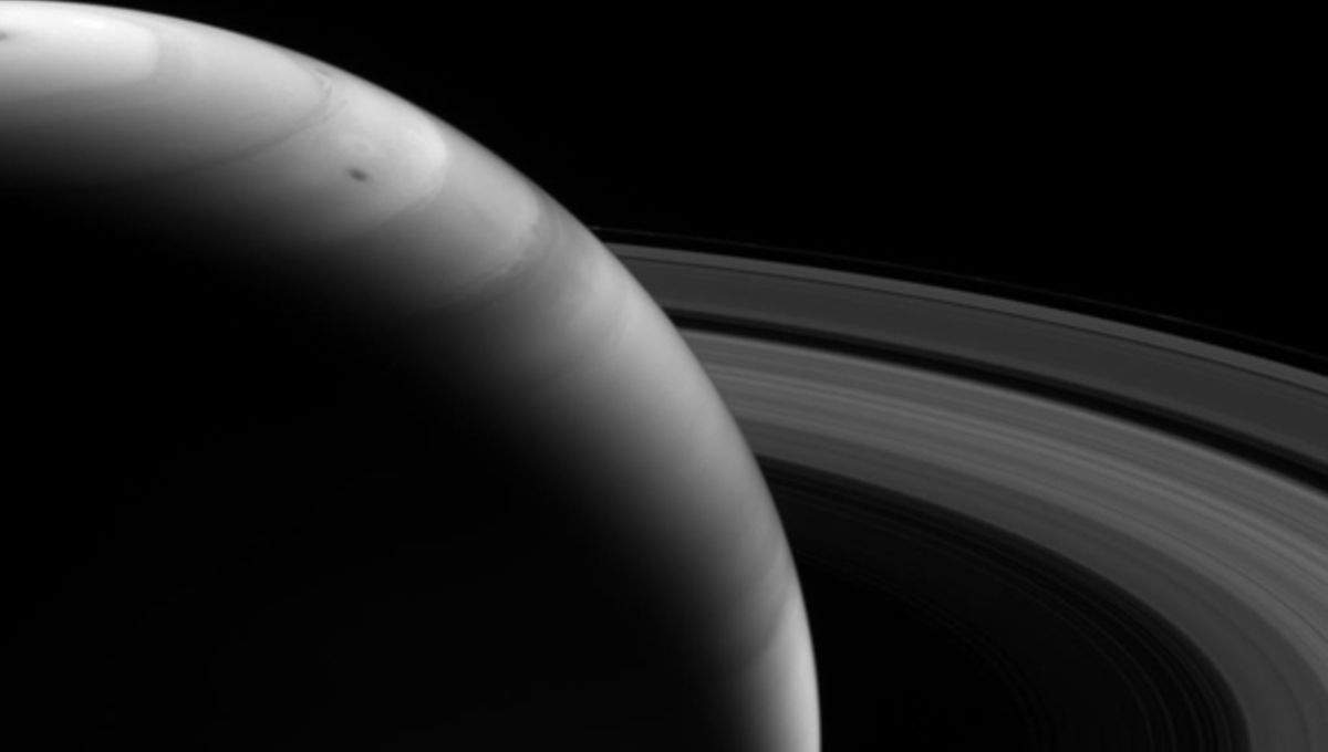 cassini_ir_saturn_aug122013.jpg
