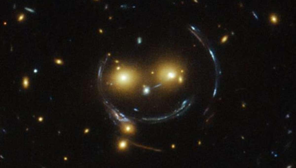hst_lens_smile.jpg.CROP.rectangle-large_0.jpg
