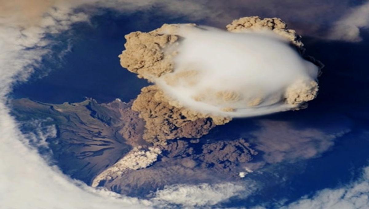 iss_serychev_volcano.jpg