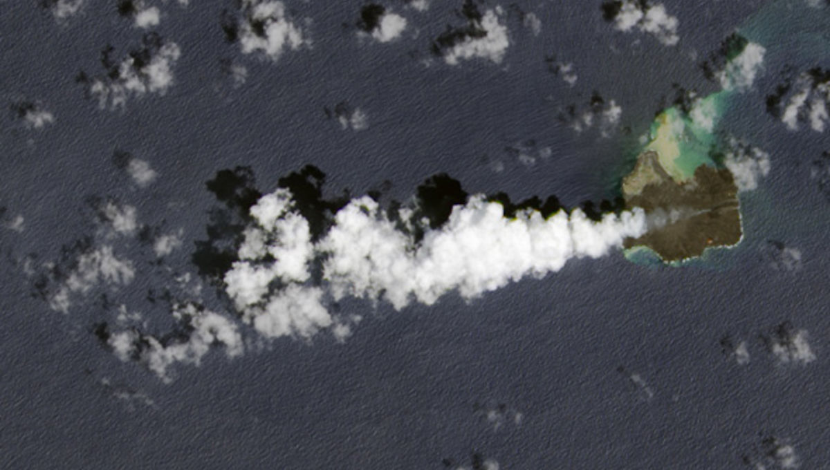landsat_nishinoshima_aug2014.jpg