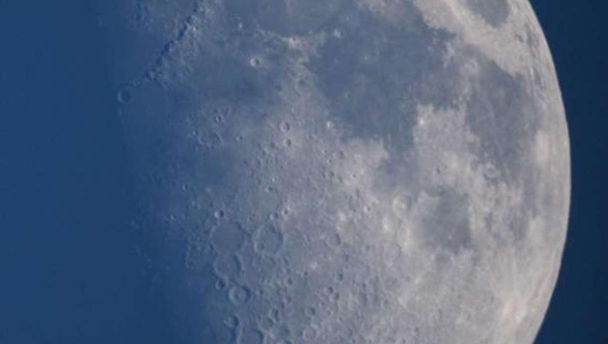 moon1_590.jpg.CROP.rectangle-large.jpg