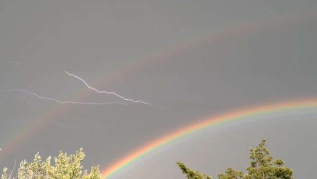 rainbow-lightning-590.jpg.CROP.rectangle-large.jpg